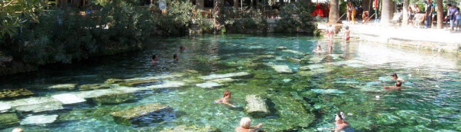Ancient pool Pamukkale
